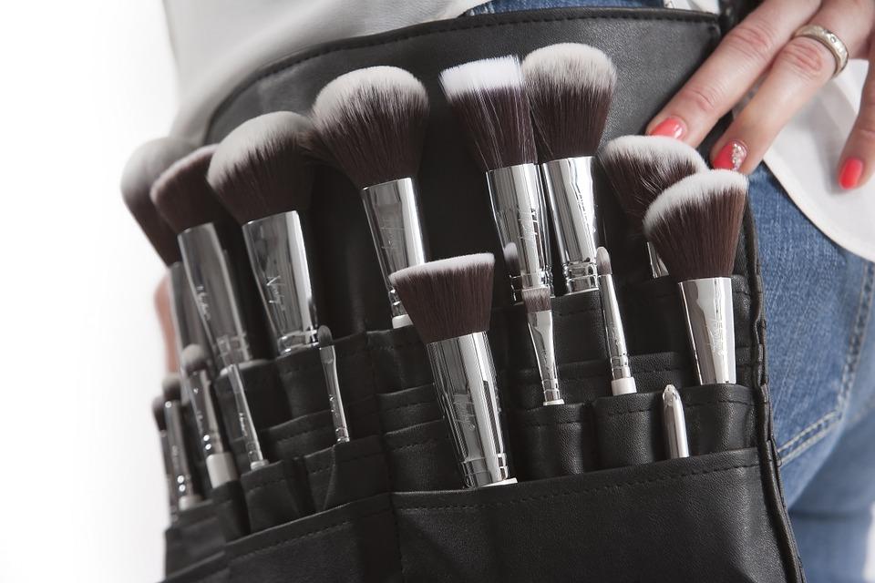 makeup-brushes-824708_960_720